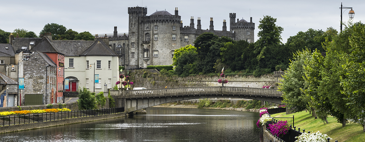 Kilkenny - the river Suir and Castle